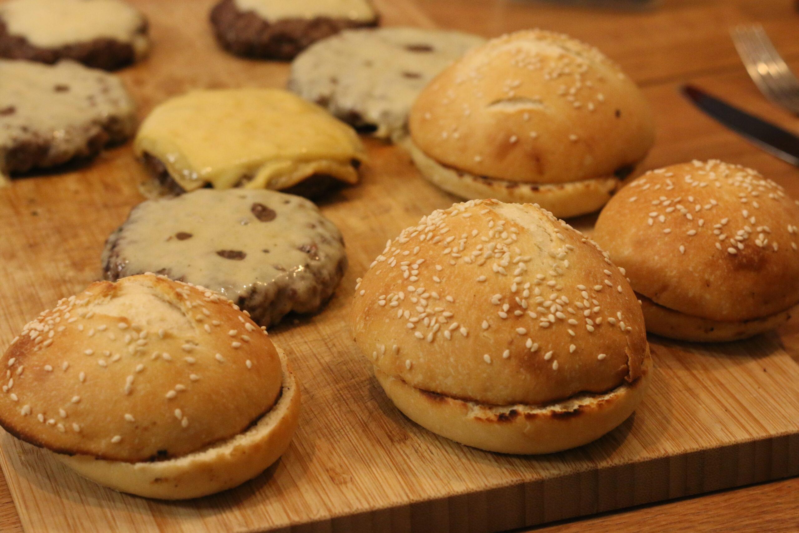 Burger Buns (mit Ei)