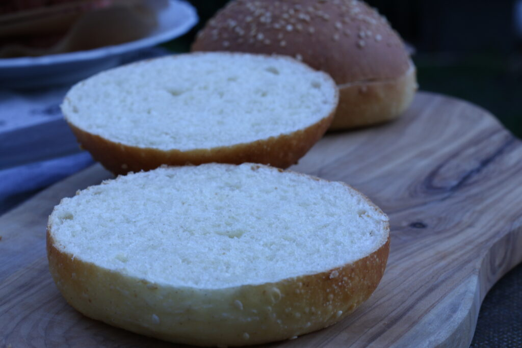 Burger Buns mit Sauerteig - fertig 04